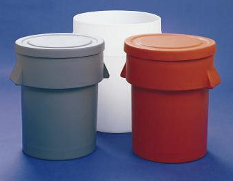 شکل2: سطل های زباله ساخته شده با قالب گیری چرخشی