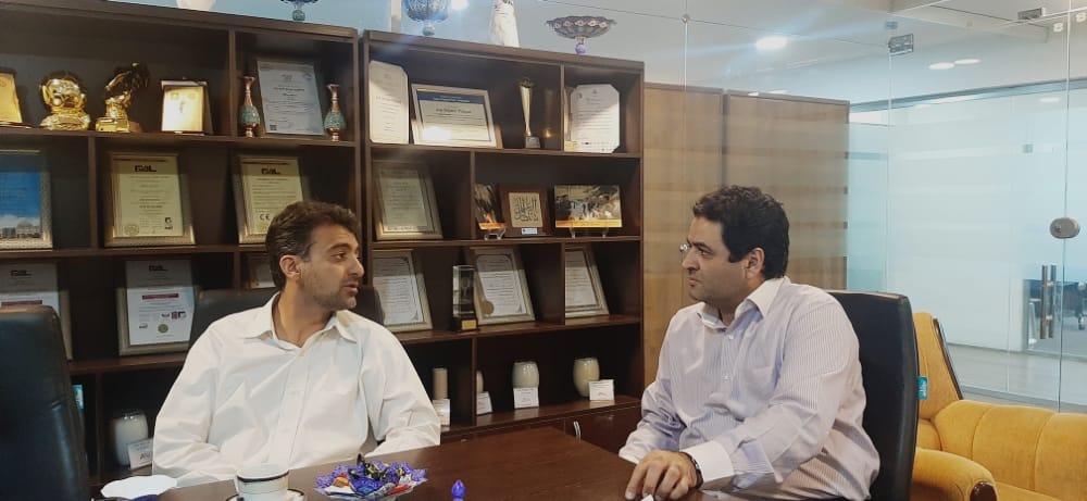 بازدید عضو هیئت مدیره انجمن شرکت های دانش بنیان استان اصفهان از شرکت دانش بنیان آریا پلیمر1
